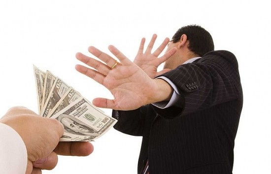 corruption_bribery_extortion_refuse_shutterstock_ta_1_24408