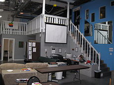 Stairs_to_deck_at_Hacker_Dojo