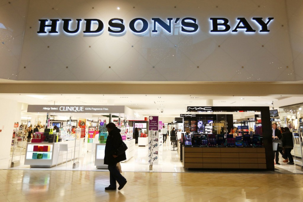 FI-MALLS TORONTO, ON - NOVEMBER 13: Hudson's Bay at the Square One mall in Mississauga, Ontario. Toronto Star/Todd Korol Todd Korol/Toronto Star